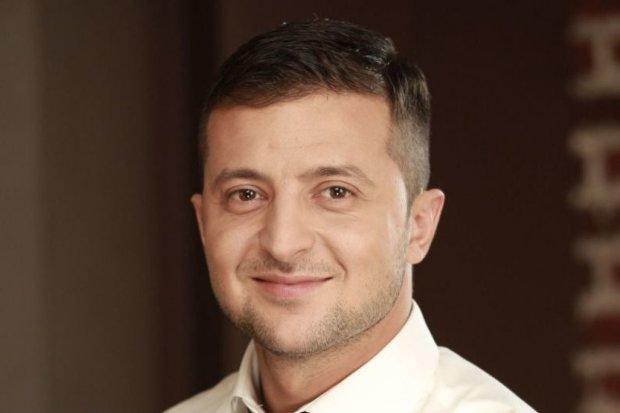 """Кандидатам не до сміху: Зеленський на телеканалі1+1 жартуватиме з них у """"день тиші"""""""