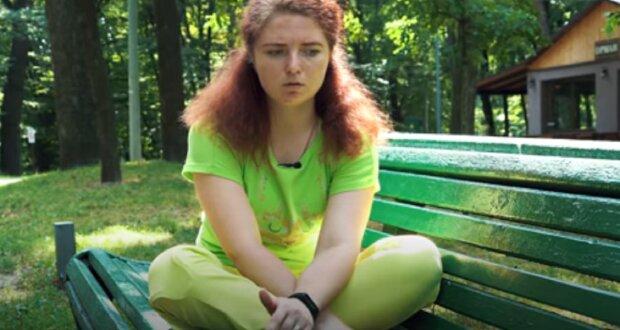 """Курсантка, яку збив чоловік, розповіла про своє нове життя з протезом: """"Дали штуку незрозумілу, сказали тепер це твоя нога"""""""