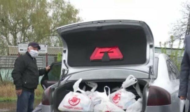 Семья Виктора Медведчука и Оксаны Марченко за свои деньги купили продукты для ликвидаторов аварии на ЧАЭС