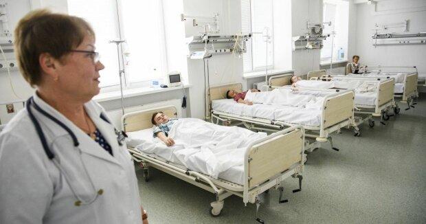 Масове отруєння дітей  таборі: до лікарень госпіталізували семеро неповнолітніх