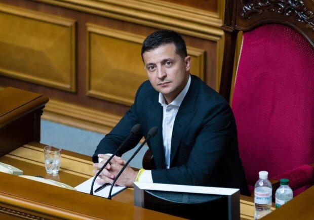 Рада приняла законопроект Зеленского об импичменте