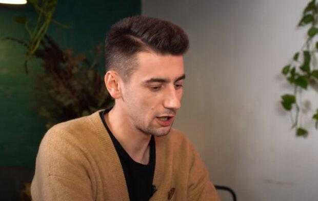 Александр Эллерт, скриншот из видео