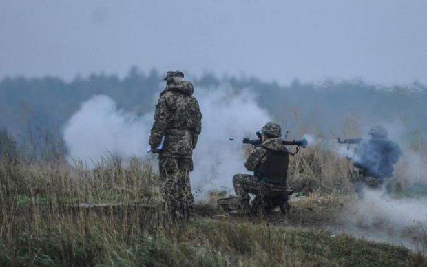 Горячие сутки на Донбассе: украинские герои падали от адских пуль