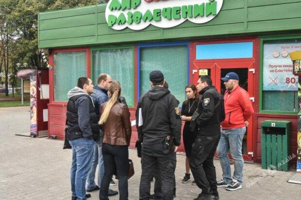 Одесский бизнесмен Сурен Сардарян отбирает имущество парка детских аттракционов, - СМИ