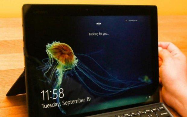 Windows 10 зламали звичайним папірцем