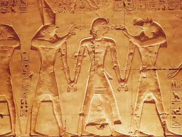 Зачем древние египтяне красили носки: археологи раскрыли невероятную тайну