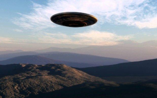 В небе над Австралией промчались два НЛО