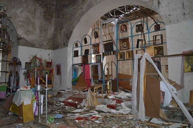 Бойовики розстріляли церкву в Луганській області