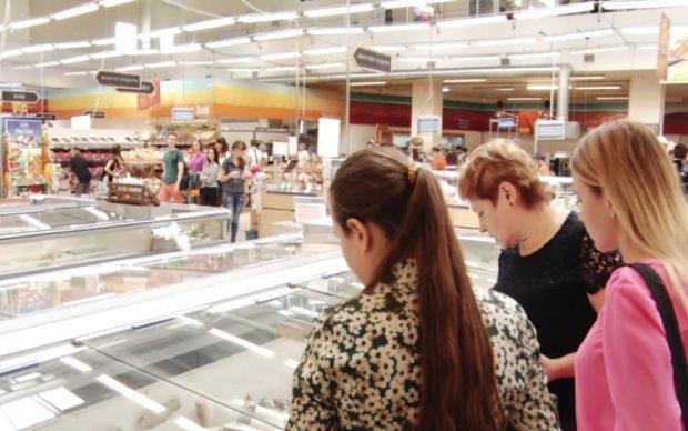 """""""Рыба для лохов"""": популярный столичный супермаркет прогорел на лжи"""