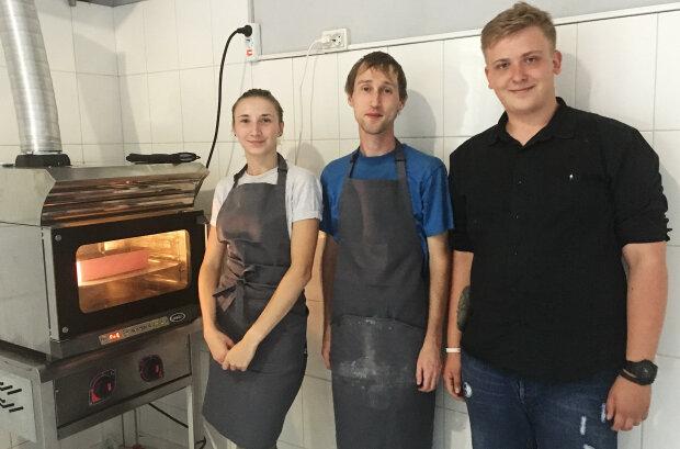 Хлеб с особенностями: трогательная пекарня в Киеве растопила сердца украинцев, решились на невероятное