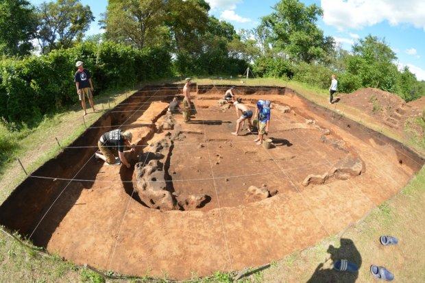 На Херсонщині розкопали могилу першого українського воїна. Вам варто це побачити