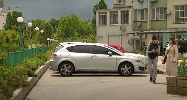 """Долги за коммуналку, алименты и штрафы: с украинцев начнут списывать деньги """"автоматически"""""""