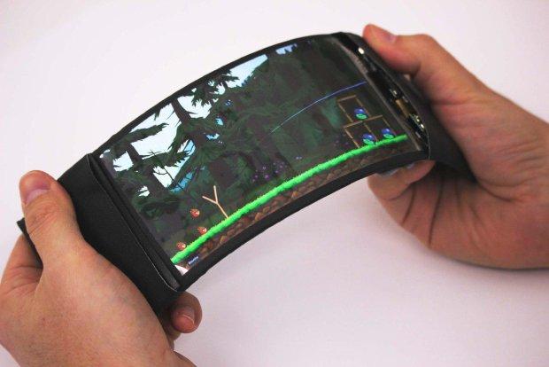 Samsung кусает локти: Lenovo показала первый в мире гибкий смартфон