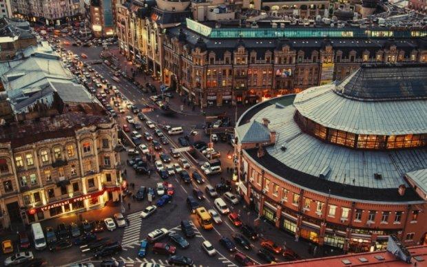 Київ загруз у шестибальних заторах