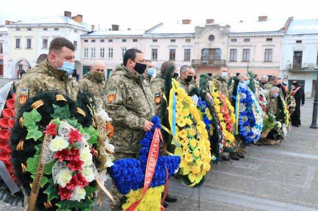 На Львовщине попрощались с генерал-майором Андреем Коленниковым
