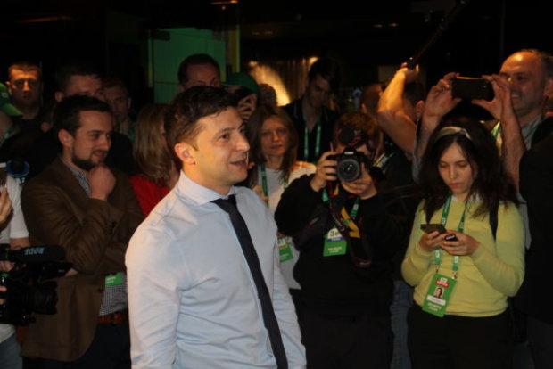 Володимир Зеленський дізнався результати першого туру: неймовірно емоційне відео