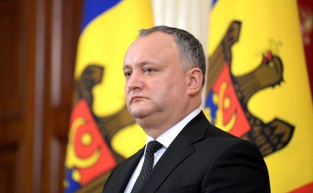 Дружка Путина вышвырнули из президенсткого кресла: подробности