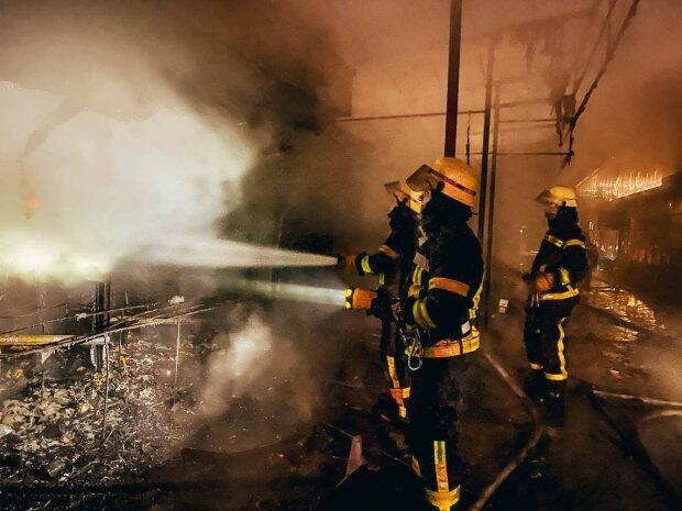 Пожар, фото: Facebook ГСЧС Киева