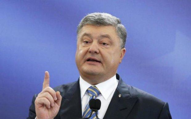 Лещенко звинуватив Порошенка в авторитаризмі