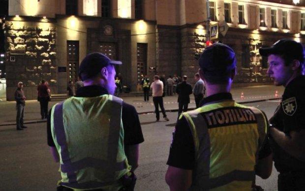 Стрельба в харьковской мэрии попала на видео