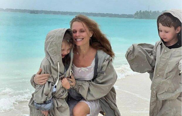Фреймут показала самых родных и счастливо улыбнулась украинцам: привет из Мальдив!