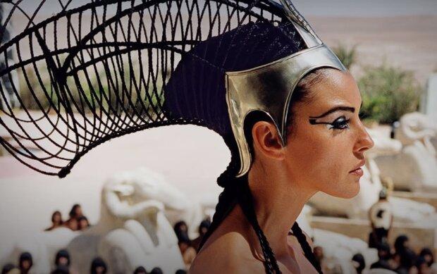 Клеопатра, скріншот: Youtube