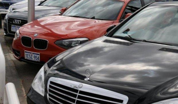 Вживані європейські авто українцям не по кишені
