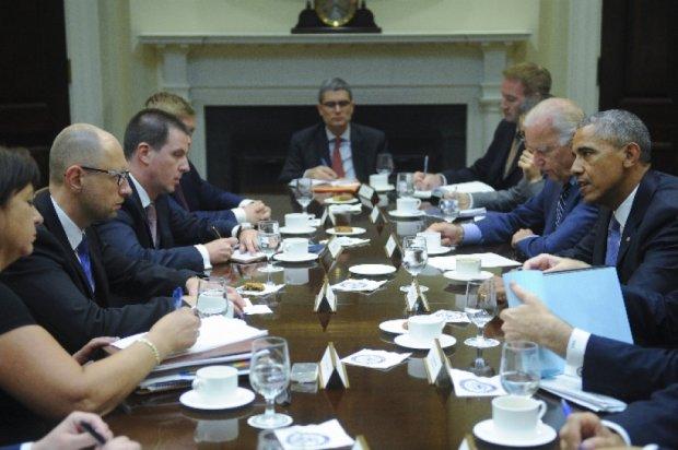 """""""Встреча Яценюка и Обамы была незапланированной""""- New York Times"""