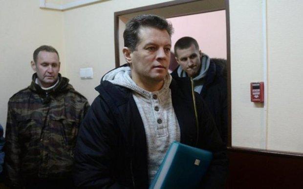 Россияне уверены, что Сущенко в камере нравится