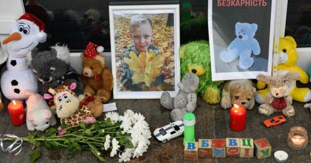 """""""Хто вбив Кирилка?"""" Розслідування загибелі дитини під Києвом наближається до розв'язки"""