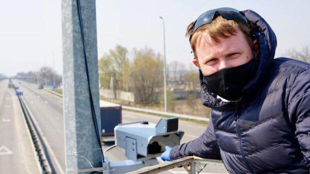 Фото та відеофіксація порушень ПДР, фото: facebook.com/artem.shevchenko.9