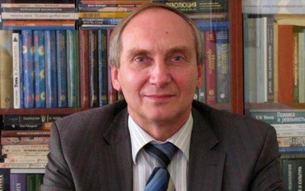 Поет сердце: освобожденный из плена ученый растрогал Украину