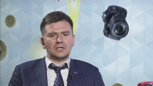 Кирилл Хомяков, скриншот видео