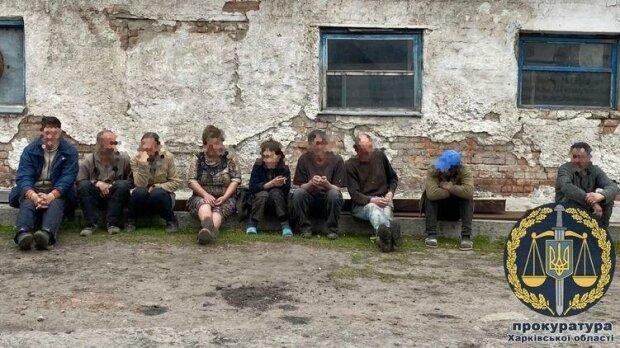 Звільнені раби, фото прокуратури Харківської області