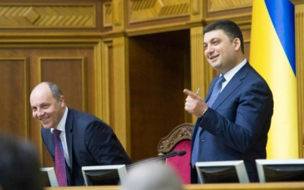 Обдурити всіх: закон про Антикорупційний суд таємно переписали