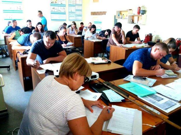 В Украине не хватает рабочих рук, каких специалистов ищут