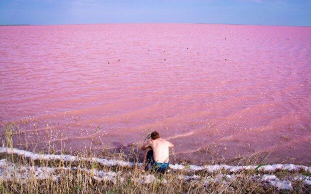 Космические пейзажи: 7 розовых озер Украины и как к ним попасть
