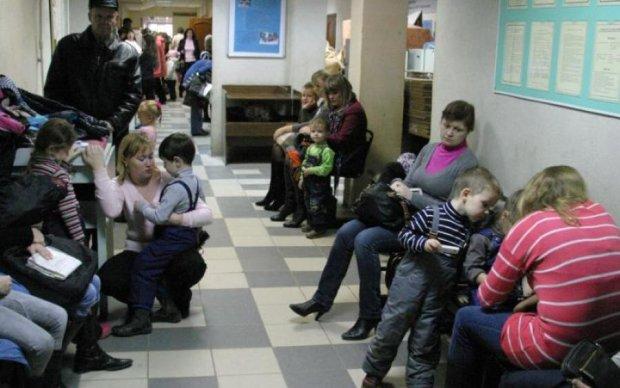 Детский кашель: причины и лечение