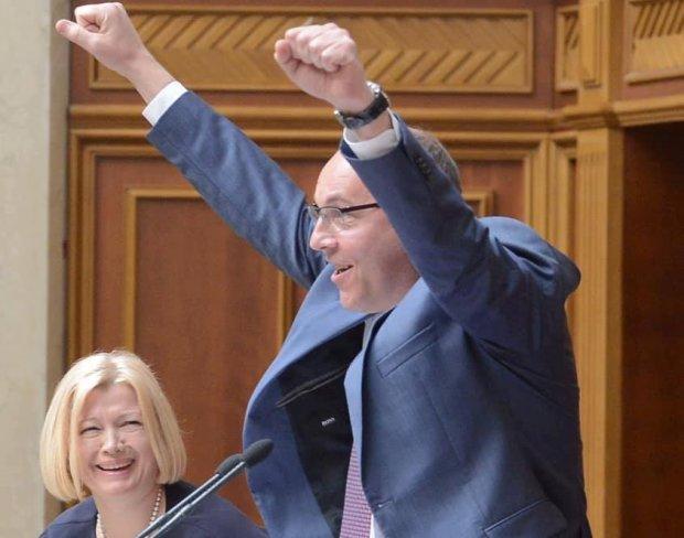 Верховна Рада ухвалила закон про мажоритарку: що не так із відкритими списками