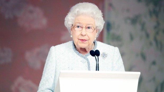 Єлизавета II готується передати корону: ім'я спадкоємця шокувало всіх
