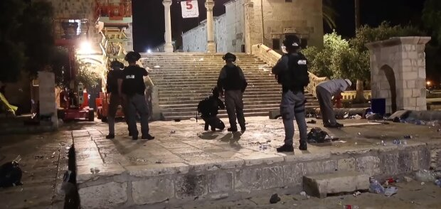 Стычки с полицией в Иерусалиме, скриншот: Youtube