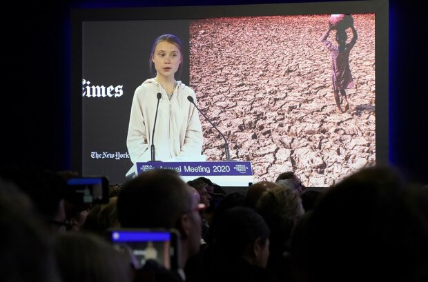 Грета Тунберг на экономическом форуме в Давосе, скрин с видео