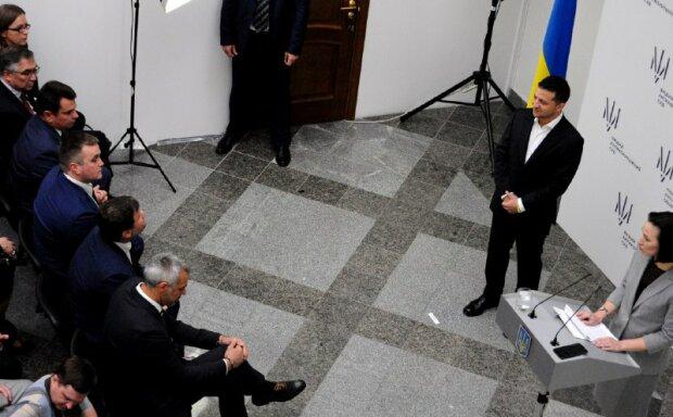 Атаманюк показал Зеленскому риски Высшего антикоррупционного суда, которых не заметил Богдан: медлить нельзя