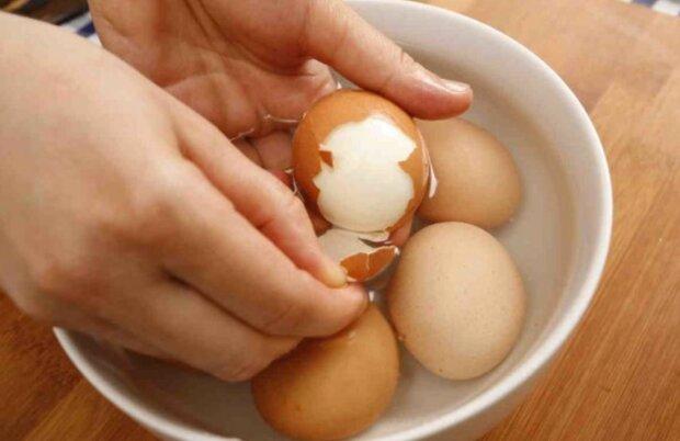 Рецепт яєць круто без води, скріншот: TikTok