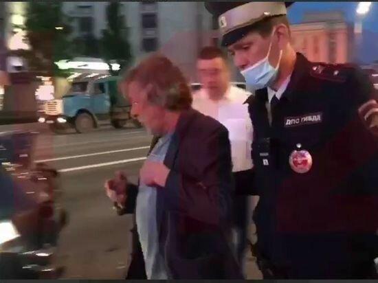 Михайло Єфремов вчинив ДТП, скрын з відео