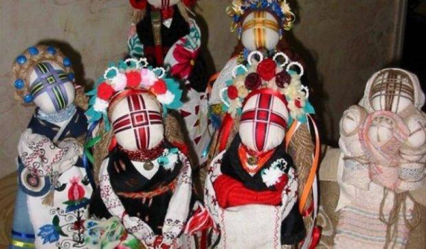 Чигиринские куклы-невесты попали на столичную выставку