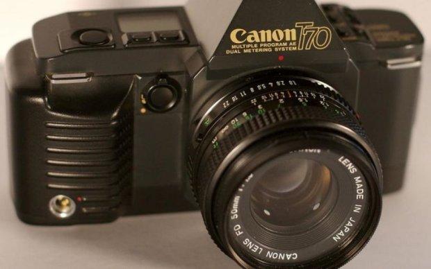 Cannon перетворив плівковий фотоапарат на флешку