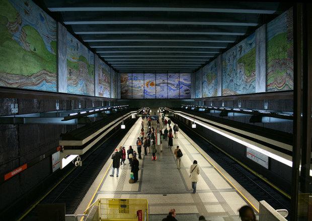 Хочеш правди про владу – спустися в метро: Австрія дала безцінний урок Україні