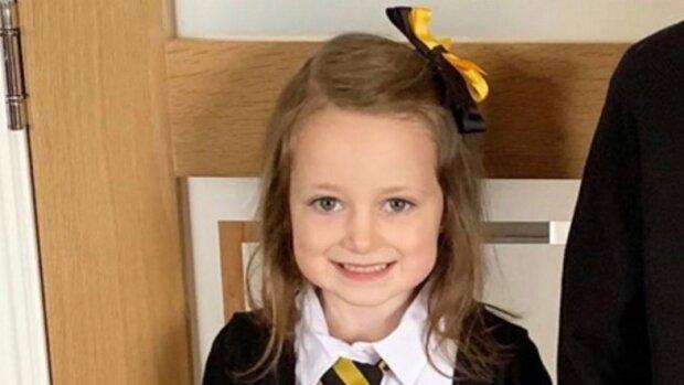 """""""Не ходіть діти до школи"""": п'ятирічна дівчинка порвала у мотлох весь світ двома фото, смішно до сліз"""