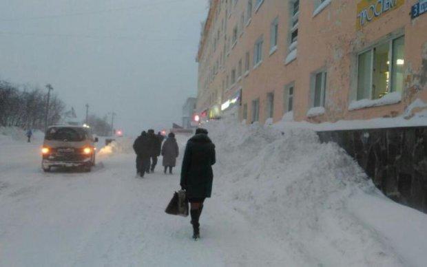 Стихія набирає обертів: кого засипле снігом на вихідних